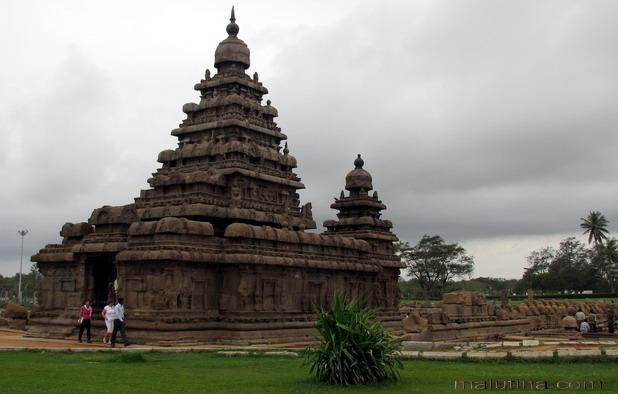 Древнейший храм...